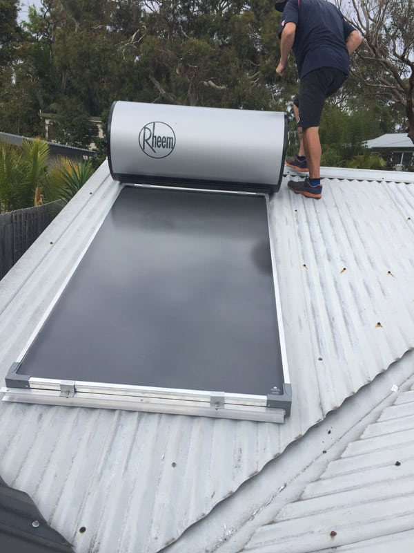 solar hot water for garden flat